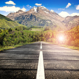 strada verso la montagna