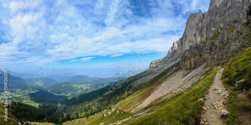 Fotobehang Blauwe hemel Catinaccio mountain massif summits