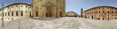 Fotobehang Toscane Arezzo, portale del duomo a 360 gradi