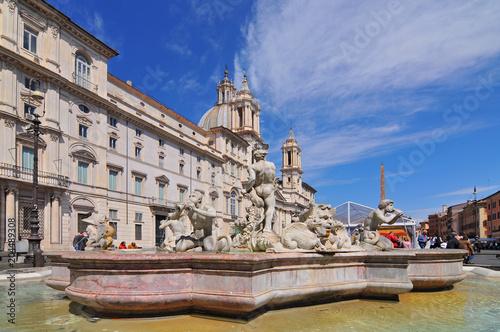 Fontanna Neptuna na Piazza Navona w Rzym, Włochy.
