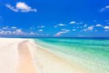 Beautiful ocean beach on Maldives - 204773527