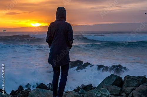 Plexiglas Strand Look the sunset on the sea