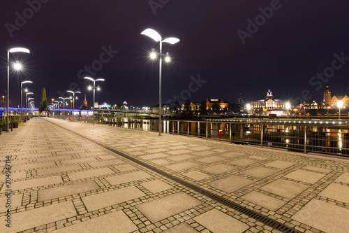 Szczecin / city by night, boulevards above the river.