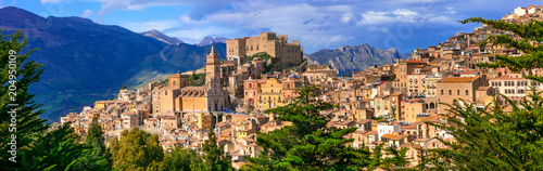 Fotobehang Freesurf Beautiful mountain village Caccamo in Sicily, Italy