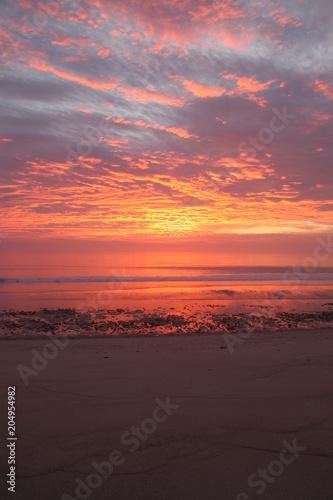Fotobehang Lavendel Empty Beach Sunset