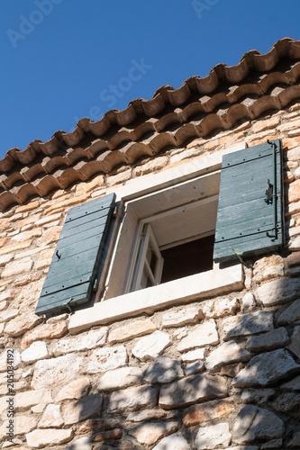 fenêtre de Provence