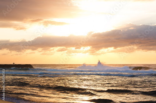 Canvas Zalm Sunrise, Avoca Beach