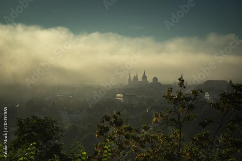 Aluminium Khaki Skyline Trier Nebel