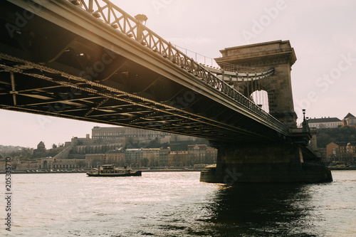Fotobehang Boedapest Chain Bridge over the Danube in Budapest