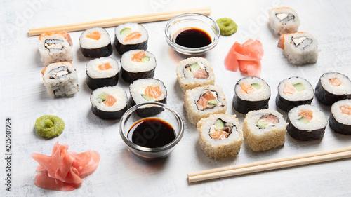 Aluminium Sushi bar Sushi rolls
