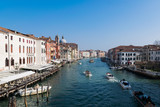 navigare nel canale di Venezia