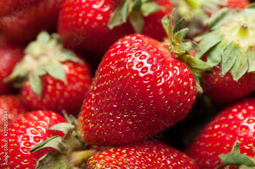 Foto Murales Berry box, delicious strawberry dessert.