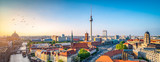 Berlin Skyline mit Nikolaiviertel, Berliner Dom und Fernsehturm © eyetronic