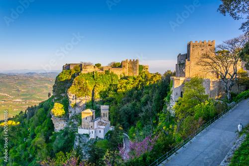 Leinwanddruck Bild Castello di Venere in Erice, Sicily, Italy