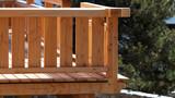 balcon en bois - 206029737