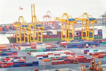 Container terminal port