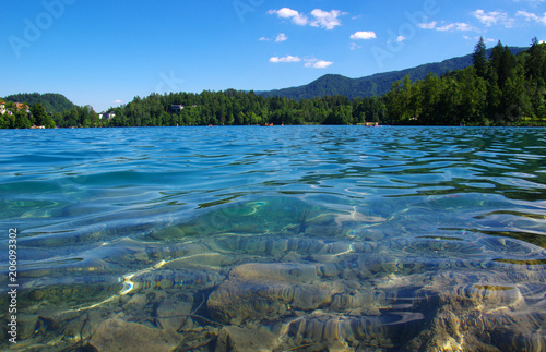 Aluminium Groen blauw Lake Bled and mountains.