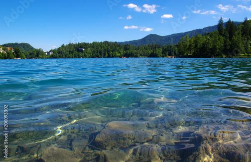 Fotobehang Groen blauw Lake Bled and mountains.