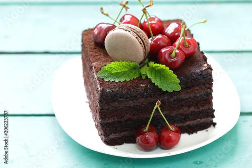 super chocolate truffle cake with fresh berries © dream79