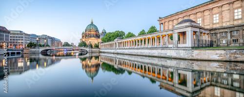 Leinwanddruck Bild Berliner Dom und Museumsinsel Panorama