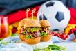 Leinwanddruck Bild - Weltmeister Burger brot in Ball form