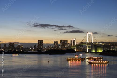 Sticker お台場海浜公園からの夜景 屋形船とレインボーブリッジの光