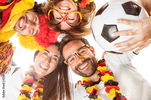 Leinwanddruck Bild Deutsche Fussball Fans im WM Fieber