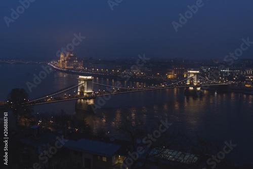Fotobehang Boedapest Danub flowing through Budapest