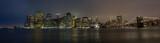 New York Skyline di sera con ponte di Brooklyn