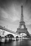 Fototapeta Paryż - Iena bridge and Eiffel tower, black and white photogrpahy, Paris France © Delphotostock