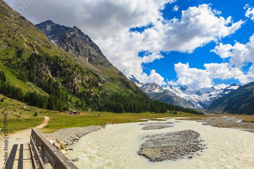 Fotobehang Beige Swiss Mountains