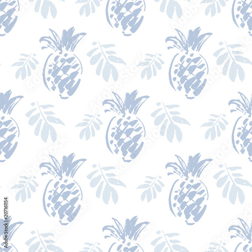 Seamless pattern with pineapple 