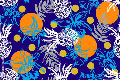 Seamless pattern with tropical motif