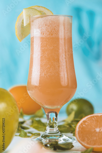 Aluminium Sap fresh juice from red orange or grapefruit