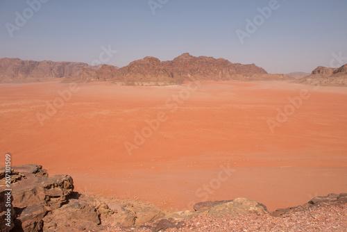 Fotobehang Koraal Scenic view of Wadi Rum desert, Jordan