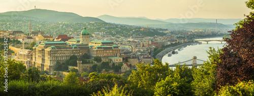 Fotobehang Boedapest View to Budapest skyline form Citadella Hill at sunset