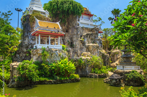 Fotobehang Thailand Temple of Wat Prayoon (Turtle temple).