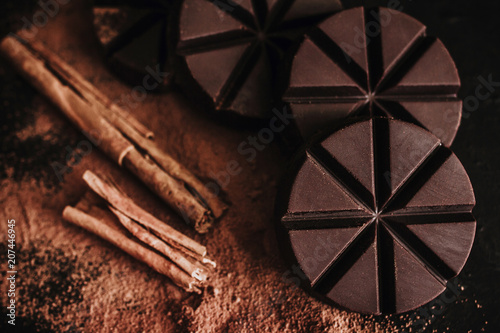 Aluminium Chocolade chocolate mexicano, cinnamon sticks and mexican chocolate from oaxaca mexico on wooden in rustic style