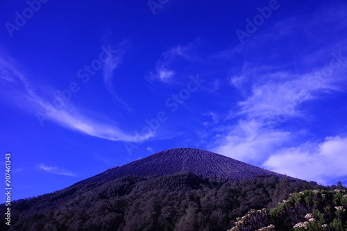 Canvas Donkerblauw Beautiful mountain top view