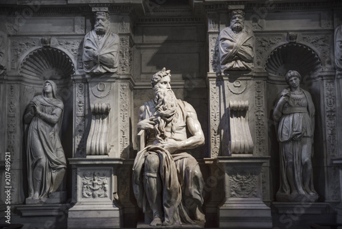fototapeta na ścianę Rome, Moses by Michelangelo on the tomb of Pope Julius II in Saint Peter in chains (San Pietro in Vincoli)