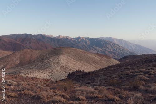 Canvas Blauwe hemel Landscape in Death Valley taken from Dante's View.