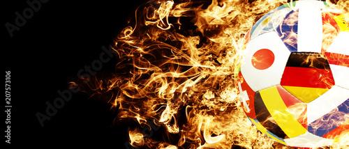 Leinwanddruck Bild Fussball im Feuerinferno