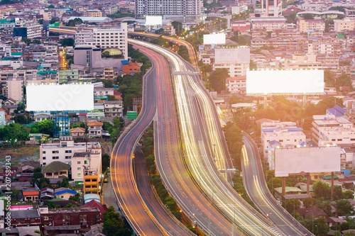 Aluminium Lichtroze Aerial view Highway overpass in city downtown, transportation background
