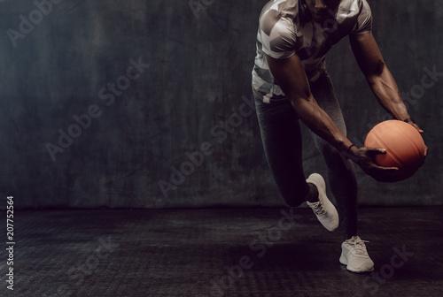 Fotobehang Basketbal Crossfit guy training with basketball