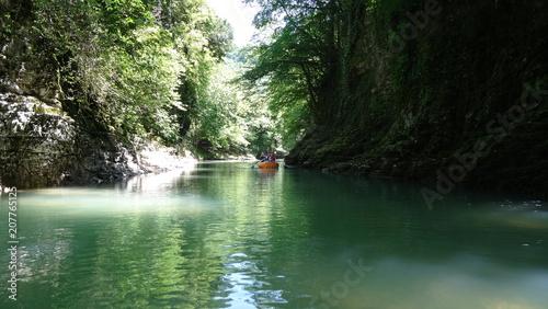 Fotobehang Olijf Canyon river