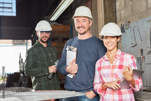 Foto Murales Handwerker Team arbeitet zusammen
