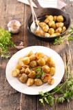 plate of roasted potato - 207879535