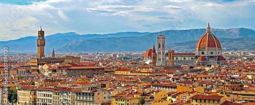 Foto Murales Florence Italy Panorama with Arno River Old Palace and the Big D