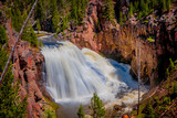 Outdoor view of the lower Falls on the Yellowstone River in Yellowstone National Park, Wyoming
