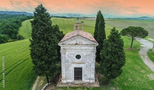 Canvas Toscane Tuscany church landscape